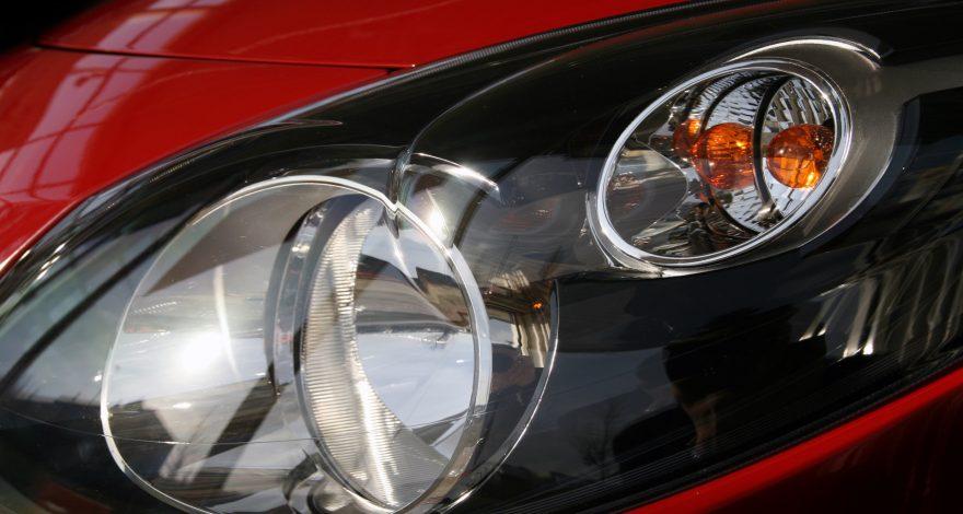 Para qué sirven las luces de un coche.1920