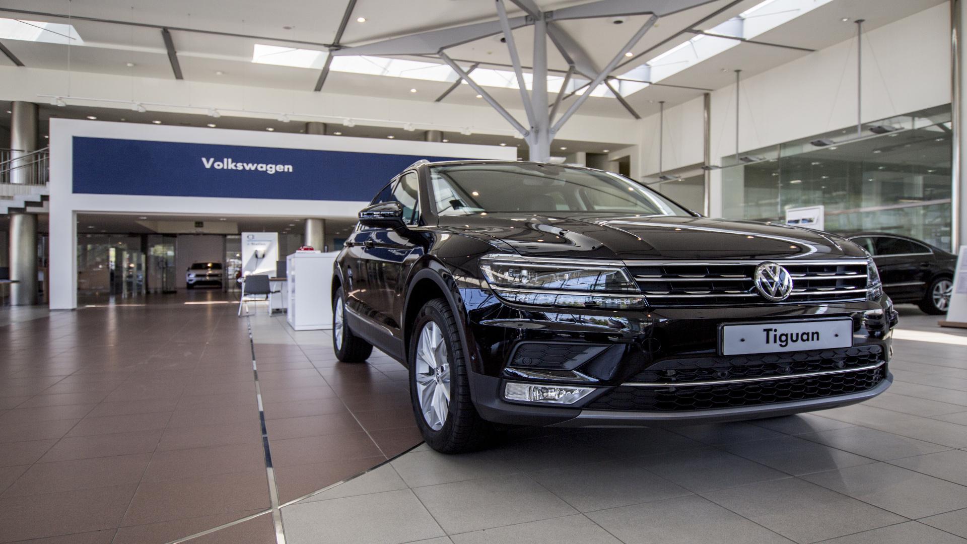 En la primera visita al concesionario 7 de cada 10 clientes compra un coche nuevo1920