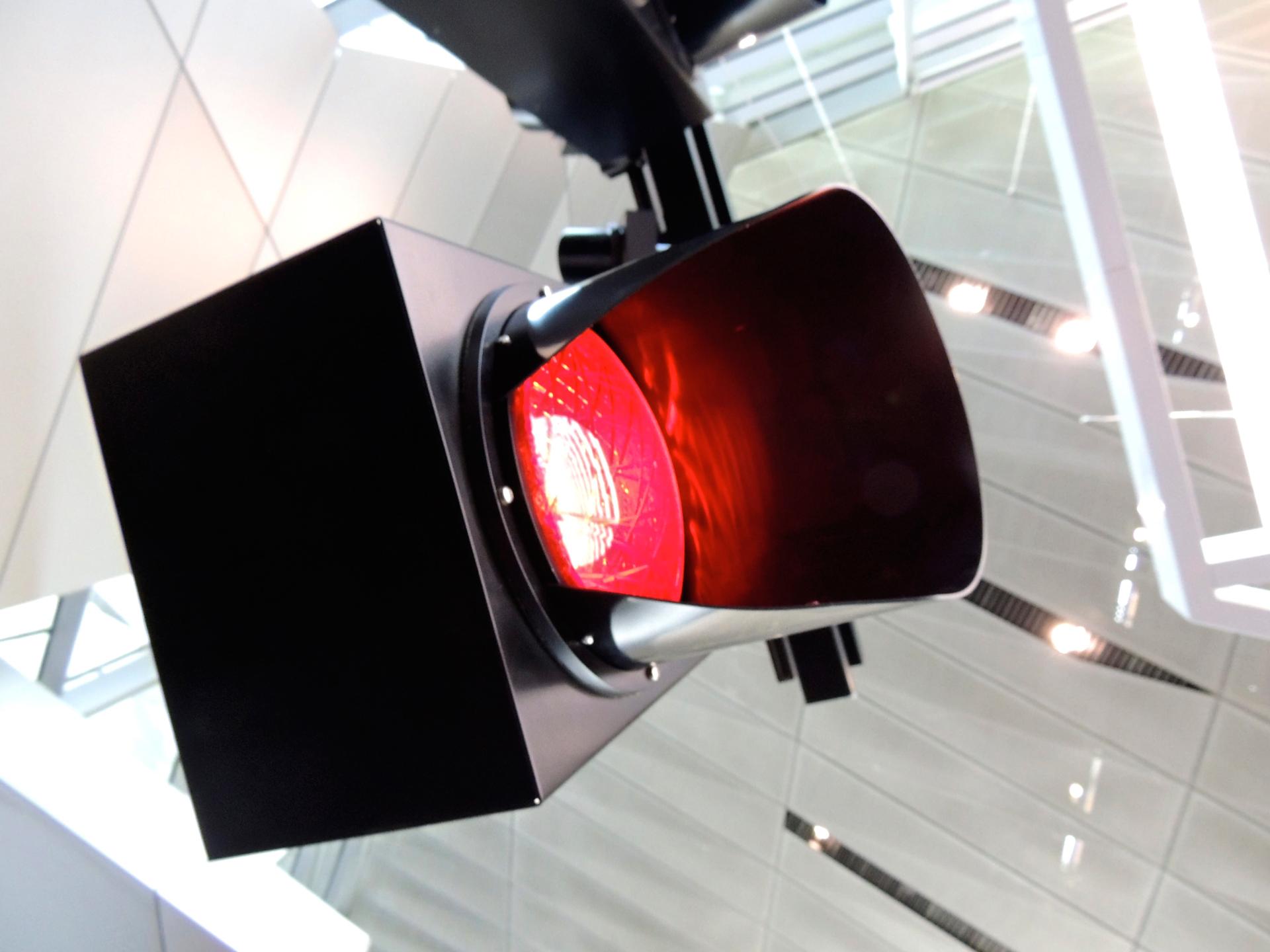 El-primer-semaforo-electrico-cumple-101-años-1920