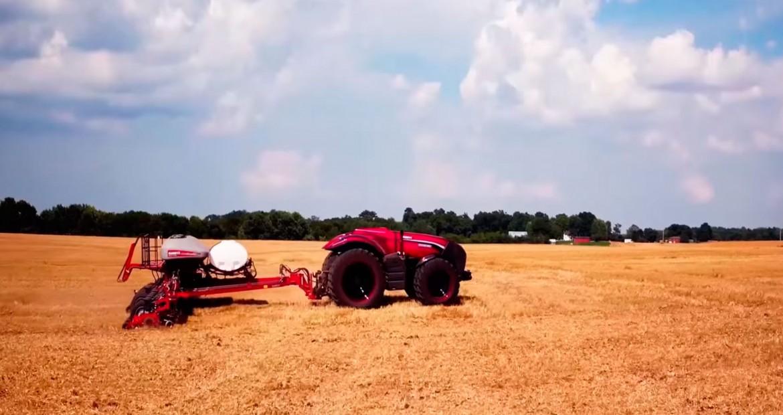 Parece-que-también-tendremos-tractores-autónomos-1920