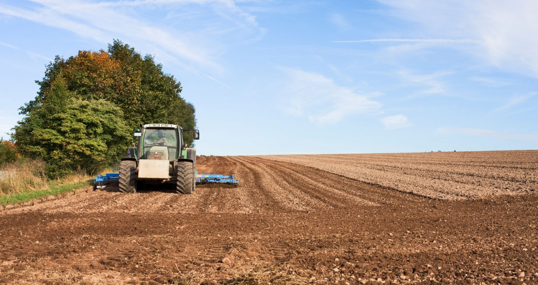 Ayudas-para-la-compra-de-maquinaria-agricola-en-regimen-asociativo-1920
