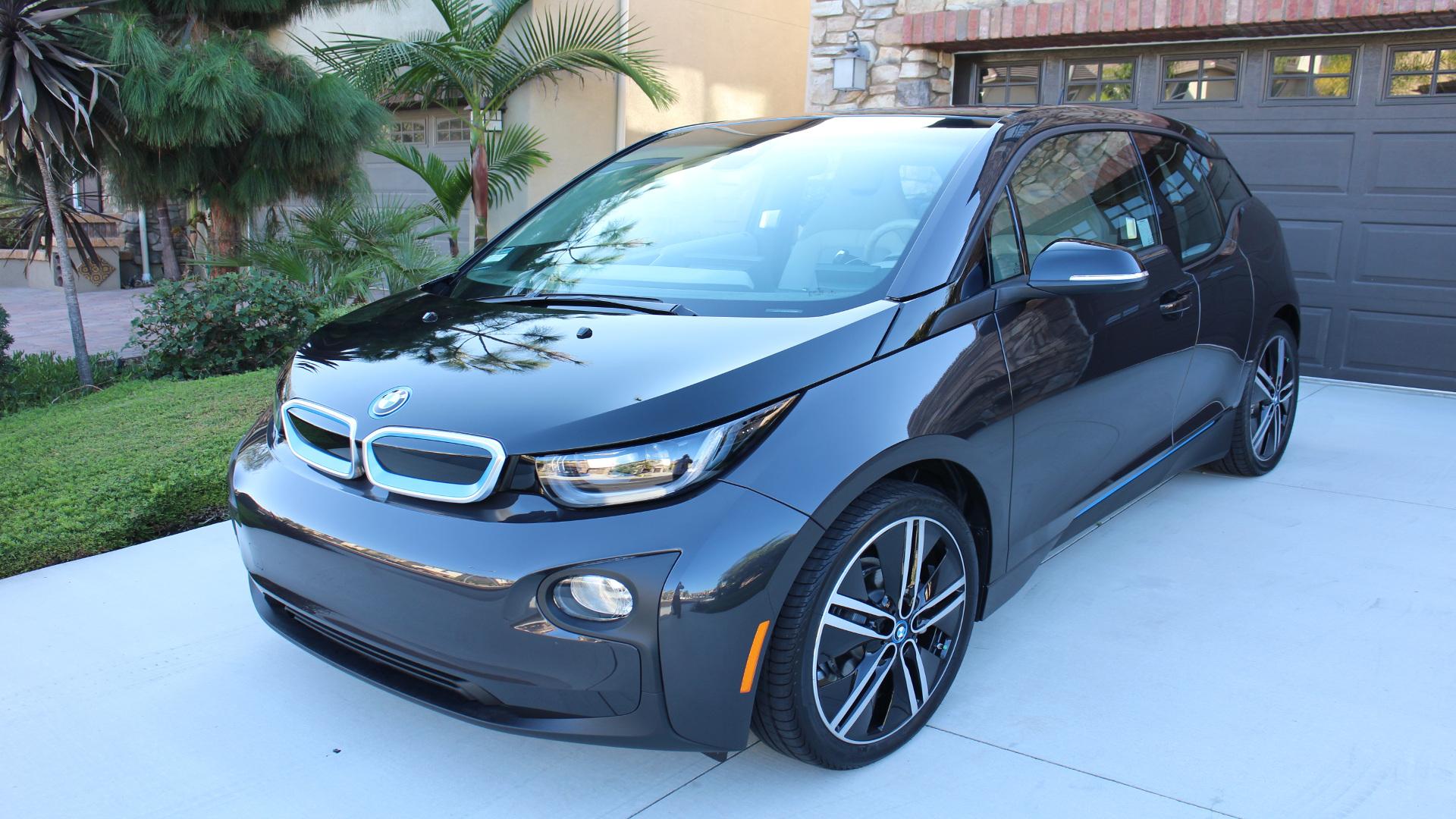 en el primer semestre del año se vendieron cerca de 3000 coches electricos1920