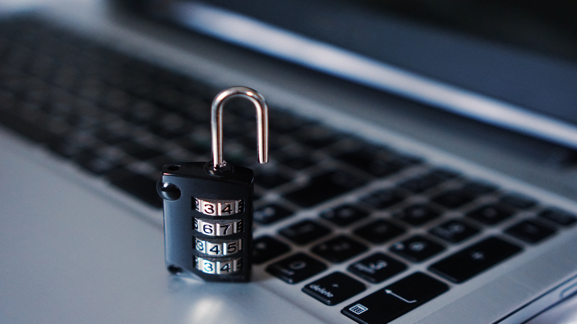 Los talleres y la nueva norma de proteccion de datos1920