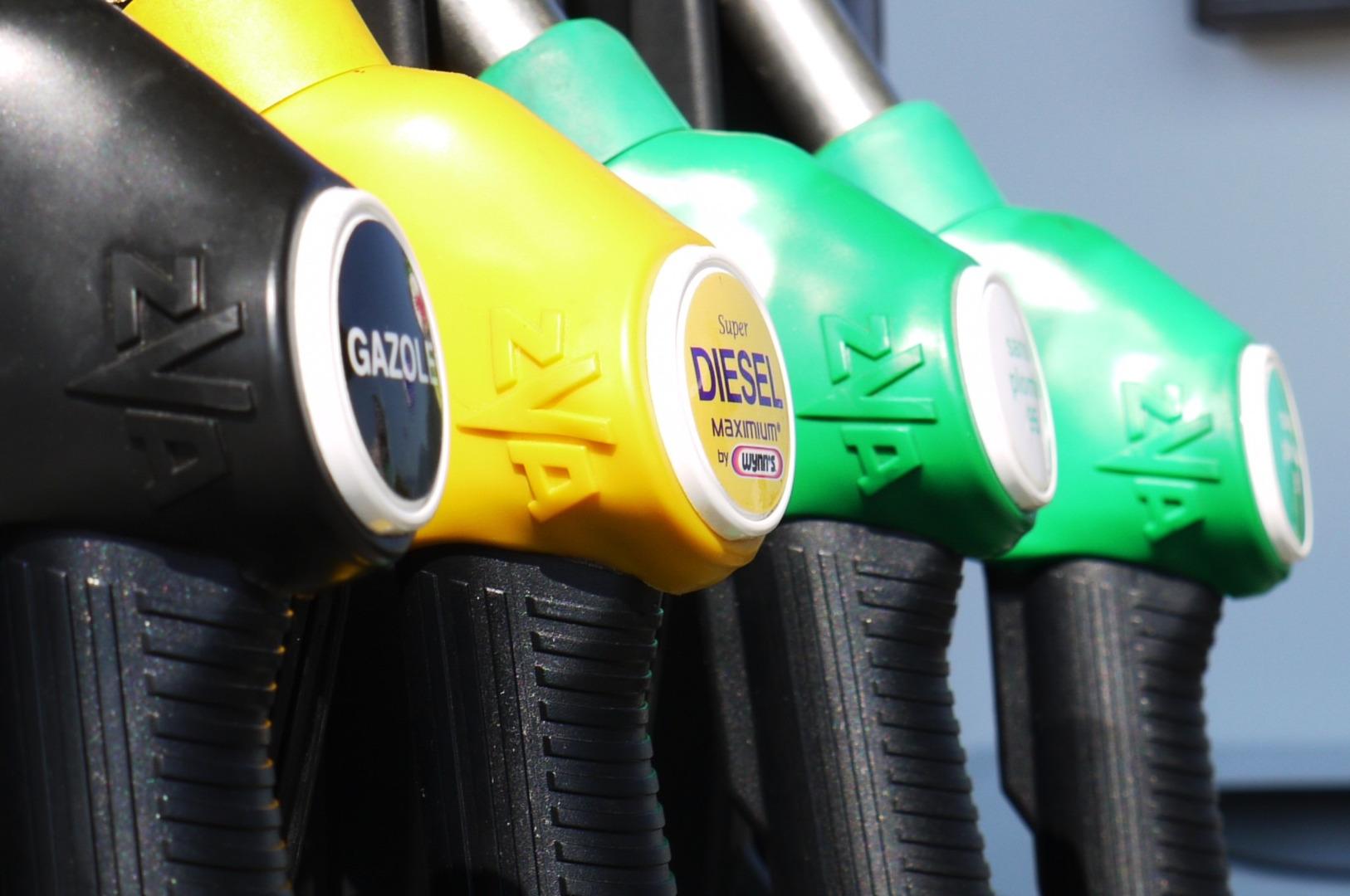 Preparate para despedir a las gasolinas 95 y 98 y al gasoleo A 1920