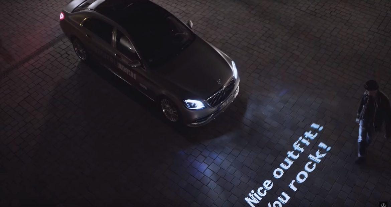 Mercedes y sus faros estan a otro nivel en iluminacion1920