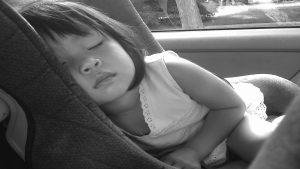 Fijate lo que ocurre si se activa el airbag delantero con un niño en el asiento 1920