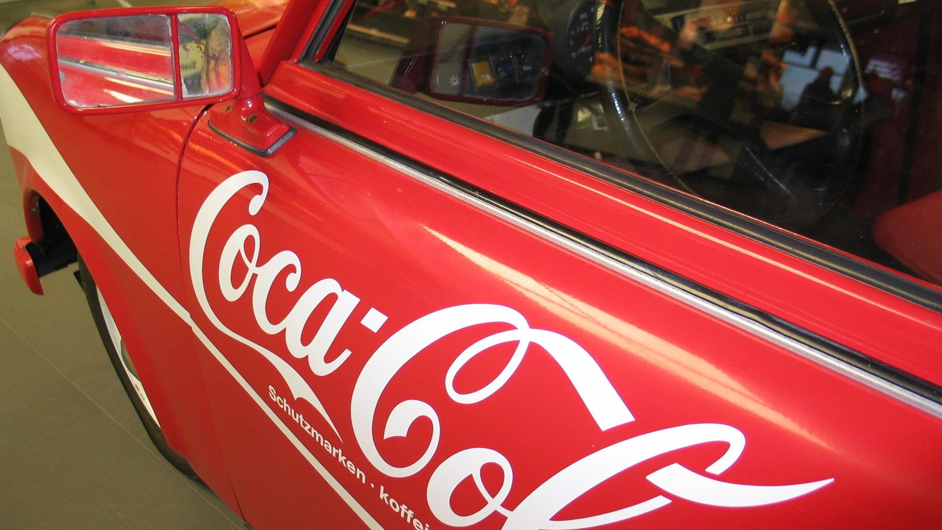 Quieres hacer publicidad en tu coche1920
