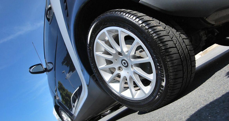 Proteger las ruedas del coche durante el confinamiento 1920