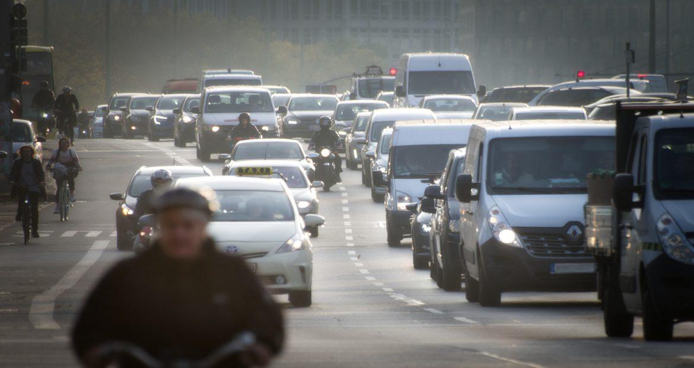 Mantener la distancia de seguridad puede resultar vital1920