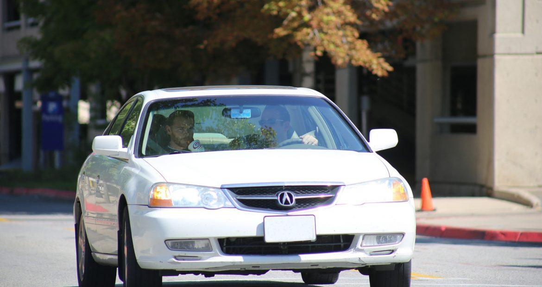 En-un-coche-que-asiento-es-el-mas-seguro1920