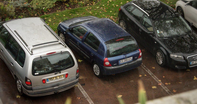 Ten cuido con el tiempo que dejas tu coche aparcado en la calle1920