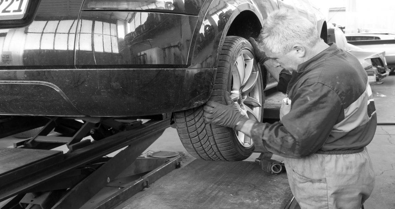 8-consejos-si-tienes-llevar-tu-coche-a-un-taller-1920
